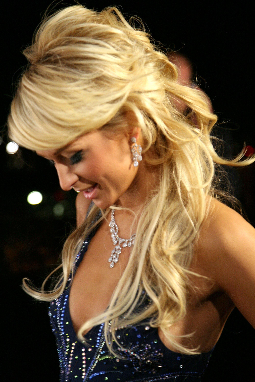 Прически для блондинок длинные волосы фото