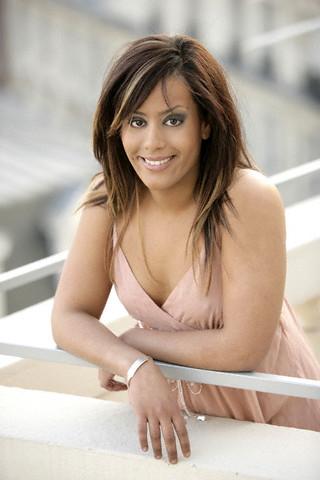 photo Amel Bent telechargement gratuit