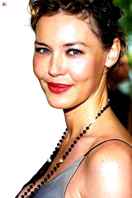 photo Connie Nielsen telechargement gratuit