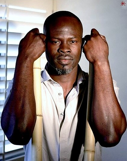 photo Djimon Hounsou telechargement gratuit