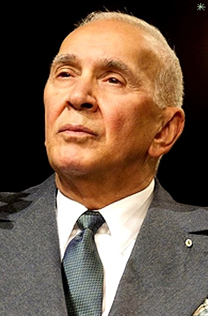 photo Frank Langella telechargement gratuit