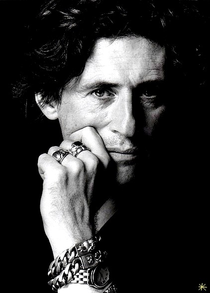 photo Gabriel Byrne telechargement gratuit