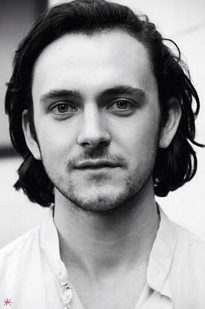 photo George Blagden telechargement gratuit