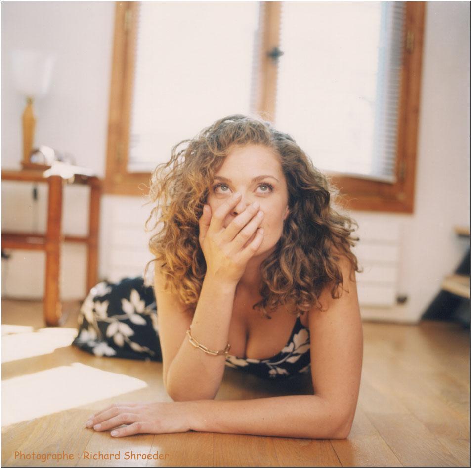 photo Isabelle Renauld telechargement gratuit
