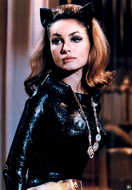 photo Julie Newmar telechargement gratuit