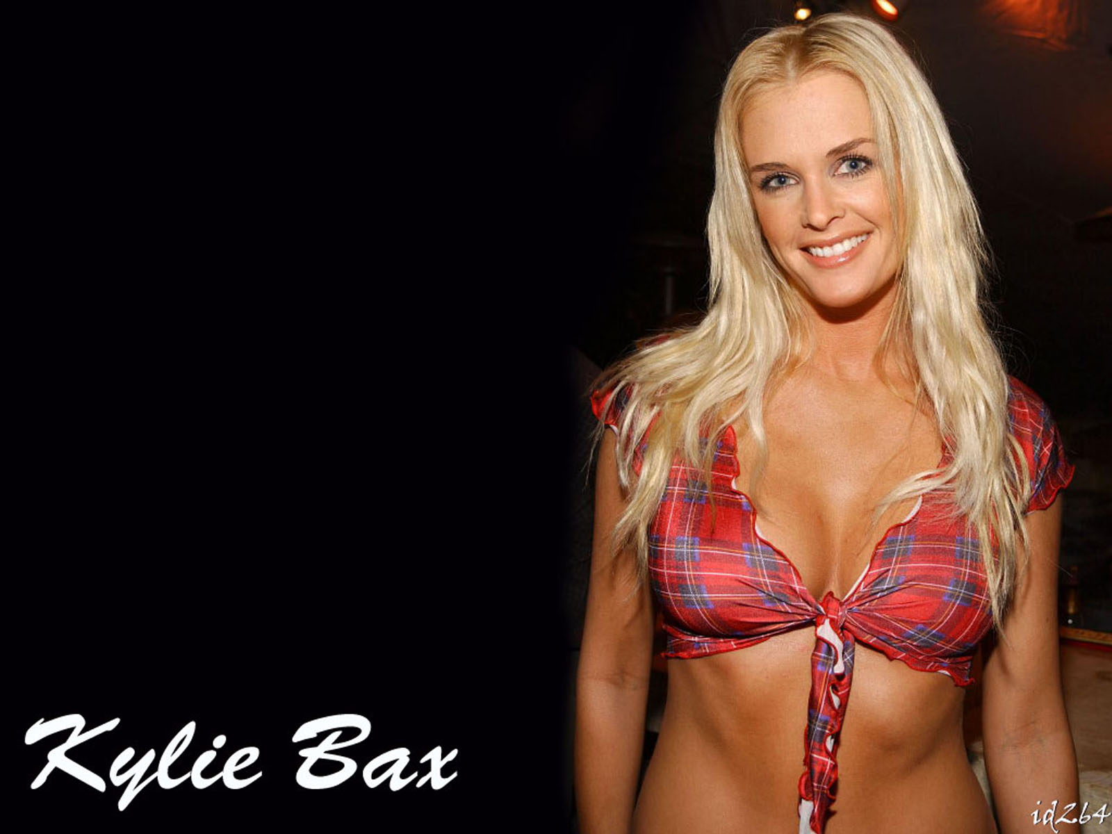 Kylie Bax - Images Colection