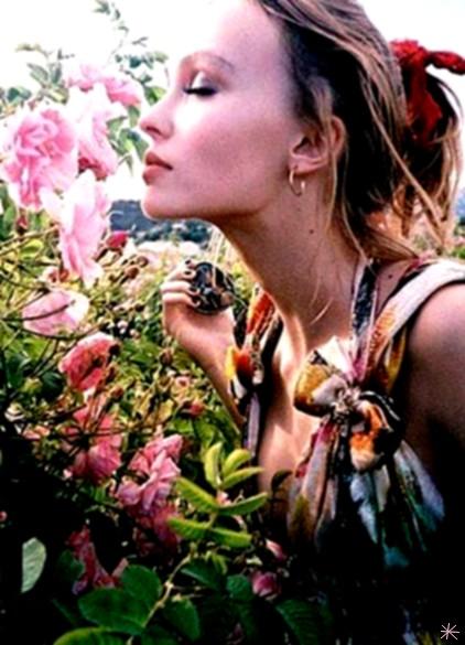 photo Lily-Rose Depp telechargement gratuit