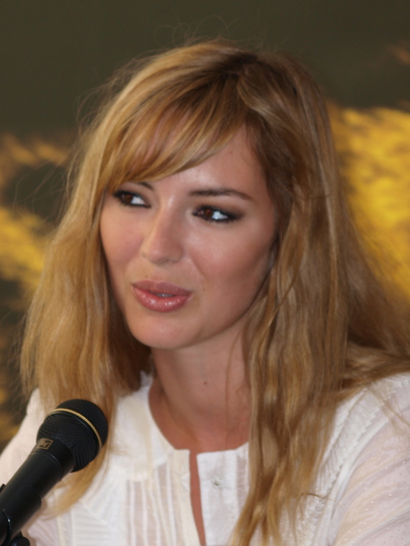 photo Louise Bourgoin telechargement gratuit