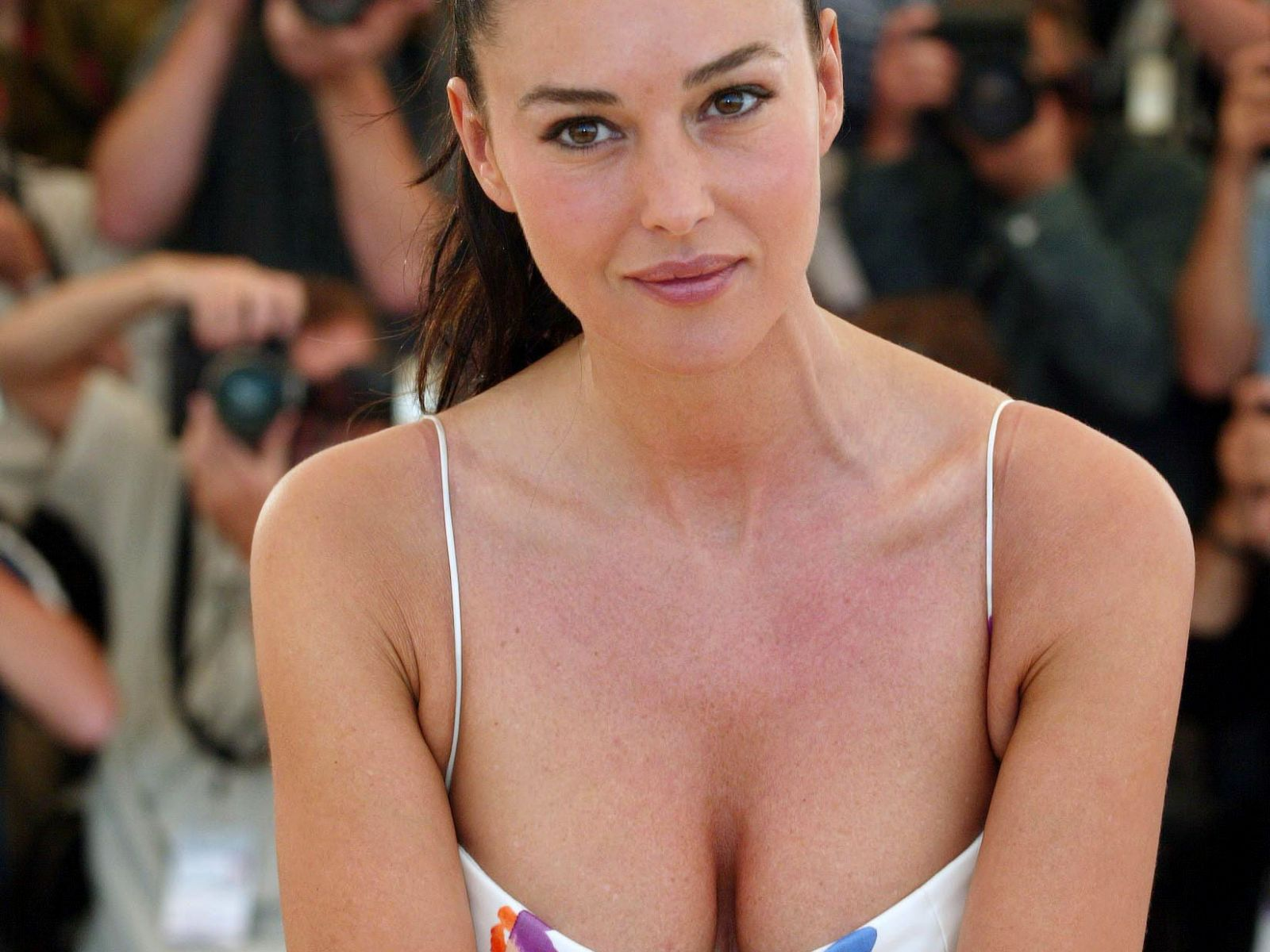 Monica Bellucci - Wikipedia, the free encyclopedia - Holiday and