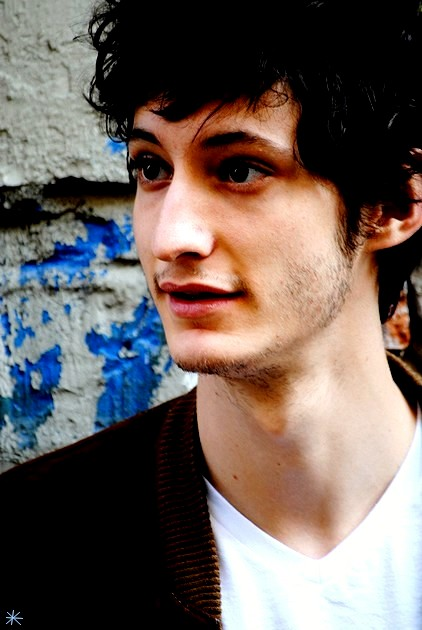 photo Pierre Niney telechargement gratuit