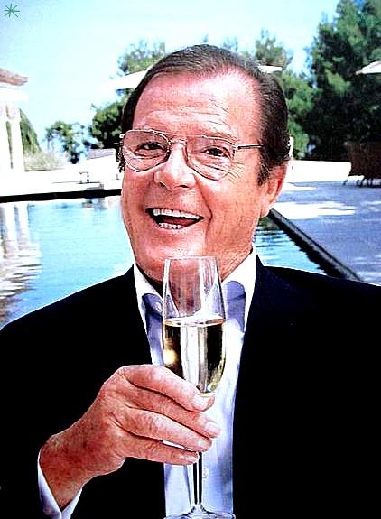 photo Roger Moore telechargement gratuit