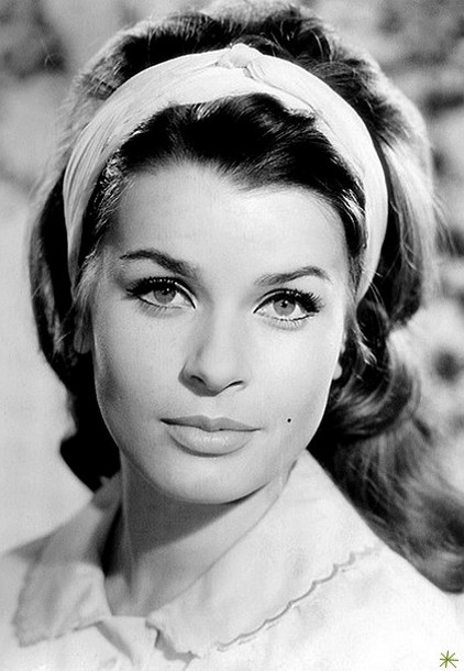 photo Senta Berger telechargement gratuit