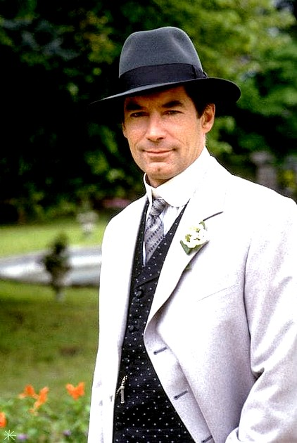 photo Timothy Dalton telechargement gratuit