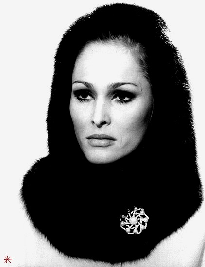 photo Ursula Andress telechargement gratuit