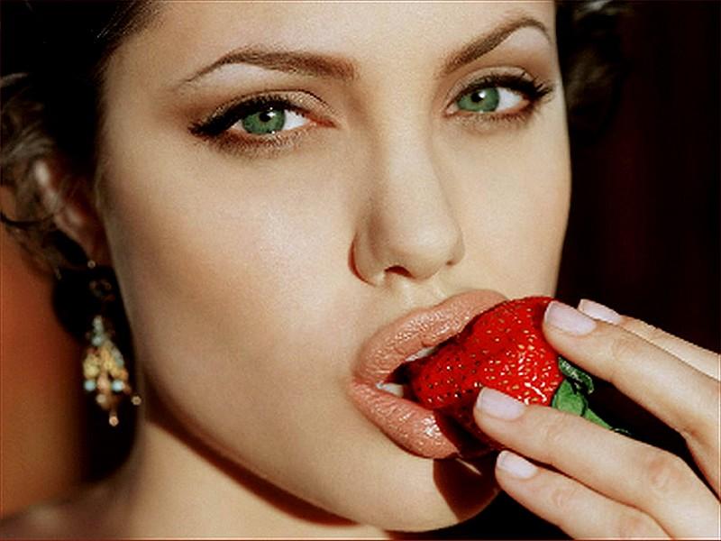 wallpaper Angelina Jolie telechargement gratuit